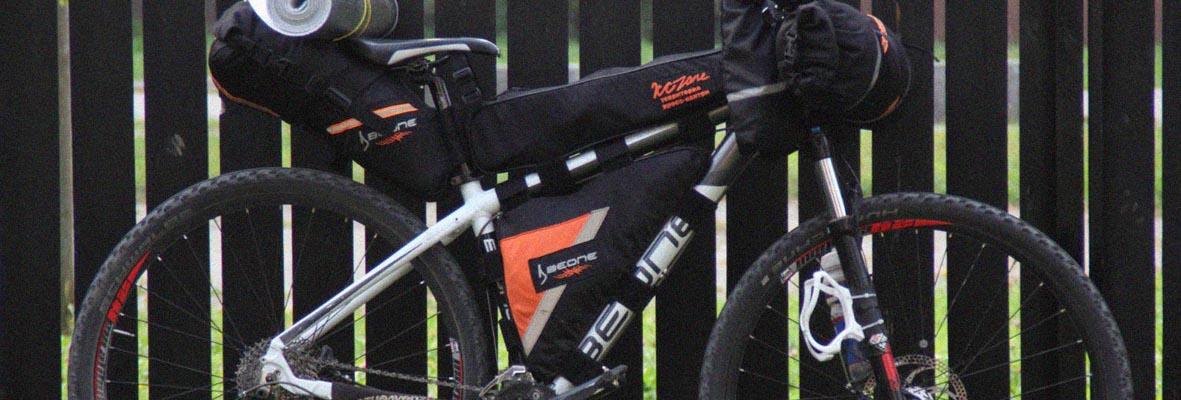 Bikepacking set bags